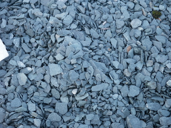 Green Slate Chippings 20mm - OUT OF STOCK