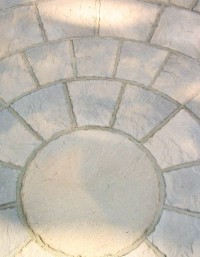 Matured Cotswold Paving